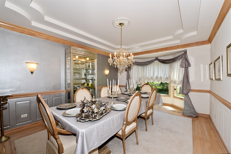 Real Estate Photography - 6812 Fieldstone Dr, Burr Ridge, IL, 60527 - Dining Room