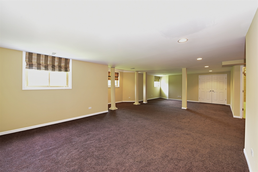 Real Estate Photography - 6812 Fieldstone Dr, Burr Ridge, IL, 60527 - Basement
