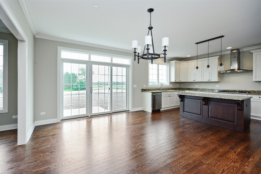 Real Estate Photography - 23245 Enclave Lane, Lot 25, Lake Barrington, IL, 60010 - Kitchen / Breakfast Room