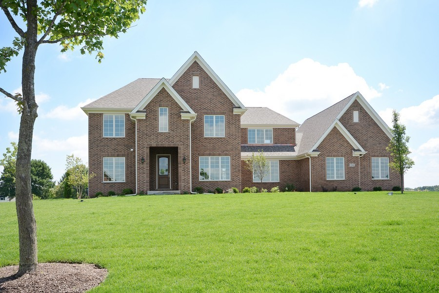 Real Estate Photography - 23245 Enclave Lane, Lot 25, Lake Barrington, IL, 60010 - Front View