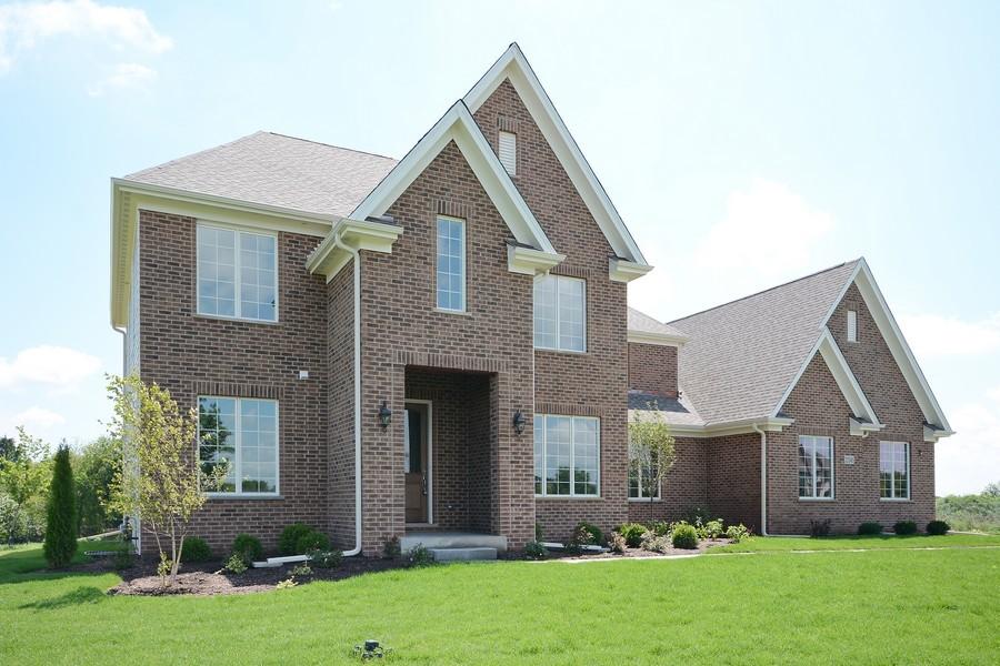 Real Estate Photography - 23245 Enclave Lane, Lot 25, Lake Barrington, IL, 60010 - Front View