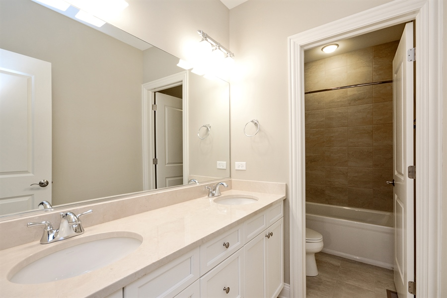 Real Estate Photography - 23245 Enclave Lane, Lot 25, Lake Barrington, IL, 60010 - 2nd Bathroom
