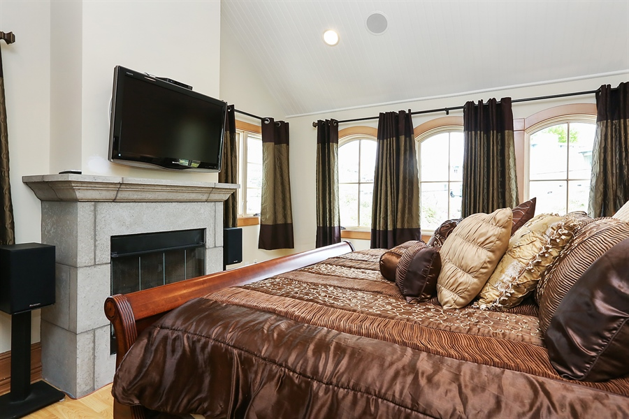 Real Estate Photography - 300 Catalina Dr, Newport Beach, CA, 92663 - Master Bedroom