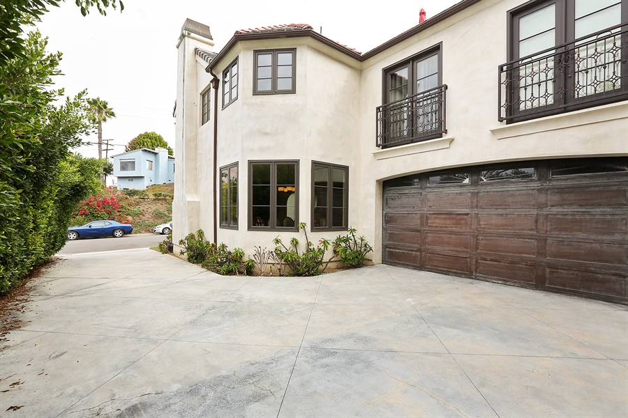 Real Estate Photography - 300 Catalina Dr, Newport Beach, CA, 92663 - Garage