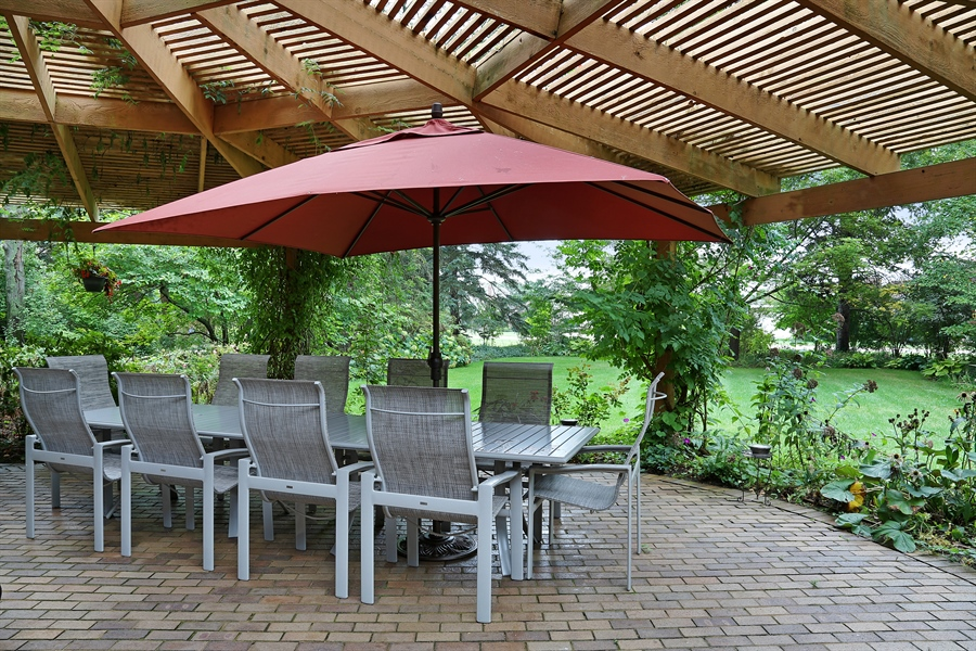 Real Estate Photography - 8400 Kearney, Downers Grove, IL, 60516 - Patio