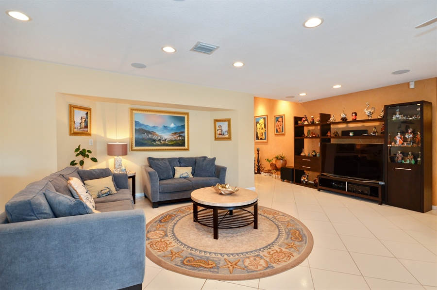 Real Estate Photography - 3900 NE 6th Dr., Boca Raton, FL, 33431 - Living Room