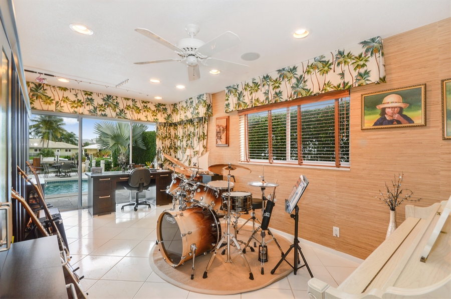 Real Estate Photography - 3900 NE 6th Dr., Boca Raton, FL, 33431 - Entertainment Room