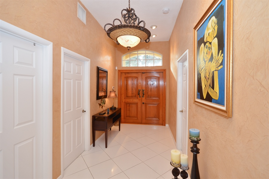Real Estate Photography - 3900 NE 6th Dr., Boca Raton, FL, 33431 - Foyer