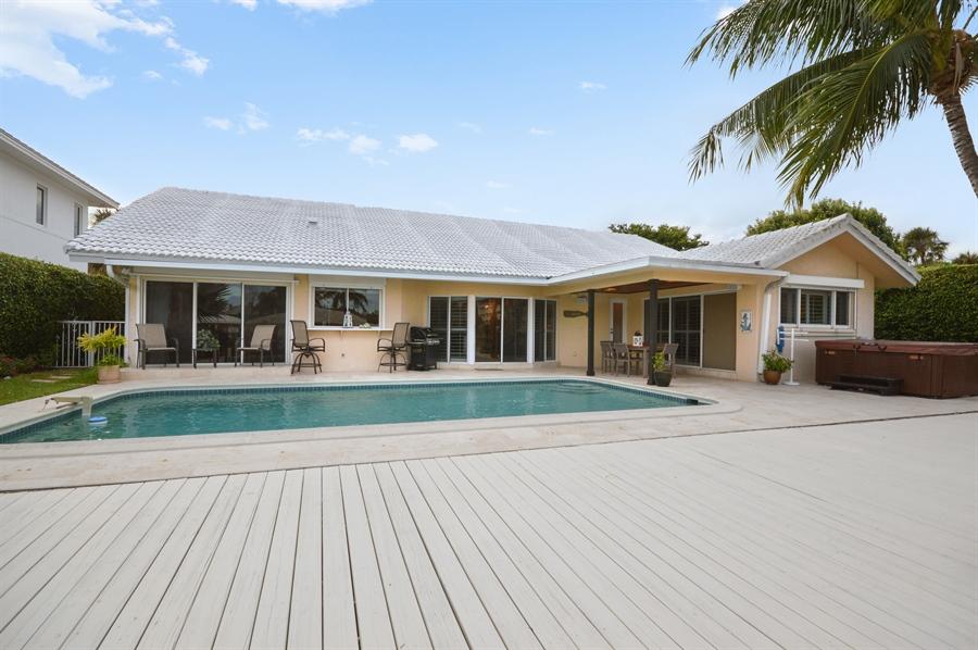 Real Estate Photography - 3900 NE 6th Dr., Boca Raton, FL, 33431 - Deck