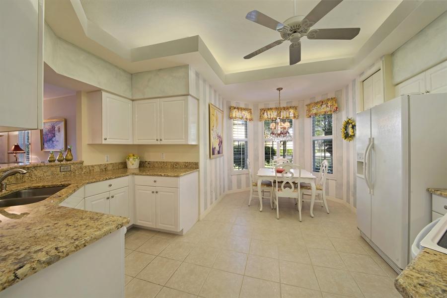 Real Estate Photography - 1905 Sevlle Blvd, Apt 312, Naples, FL, 34109 - Kitchen / Breakfast Room