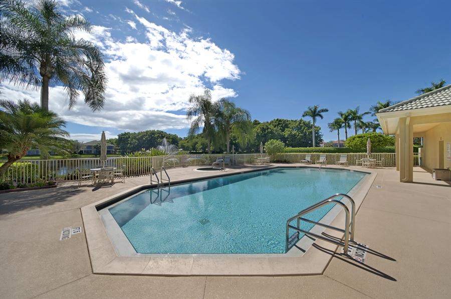 Real Estate Photography - 1905 Sevlle Blvd, Apt 312, Naples, FL, 34109 - Pool/Spa