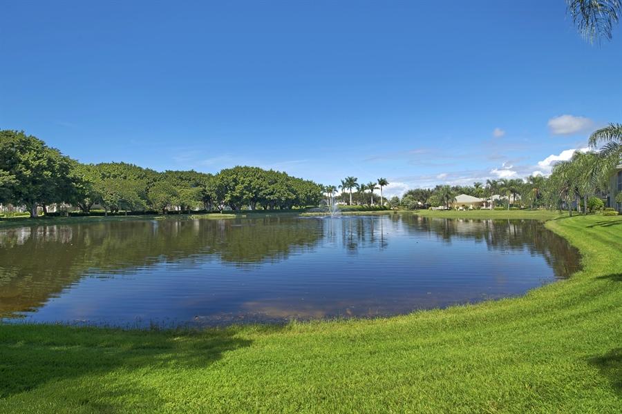 Real Estate Photography - 1905 Sevlle Blvd, Apt 312, Naples, FL, 34109 - Lake View