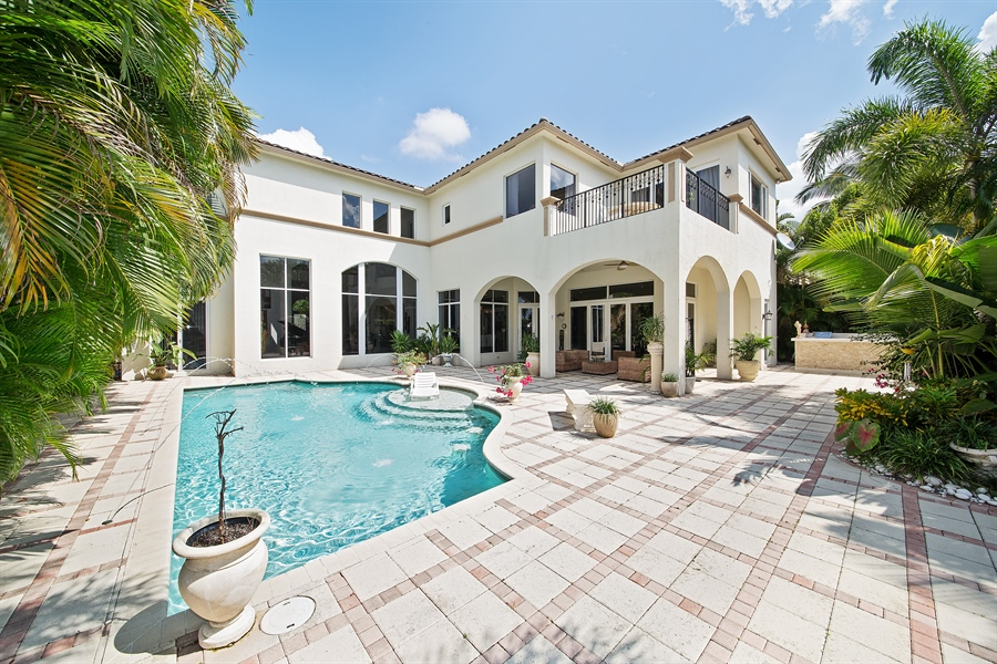 Real Estate Photography - 9556 Bridgebrook Dr, Boca Raton, FL, 33496 - Pool