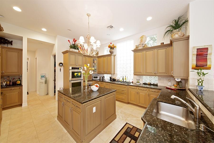 Real Estate Photography - 9556 Bridgebrook Dr, Boca Raton, FL, 33496 - Kitchen