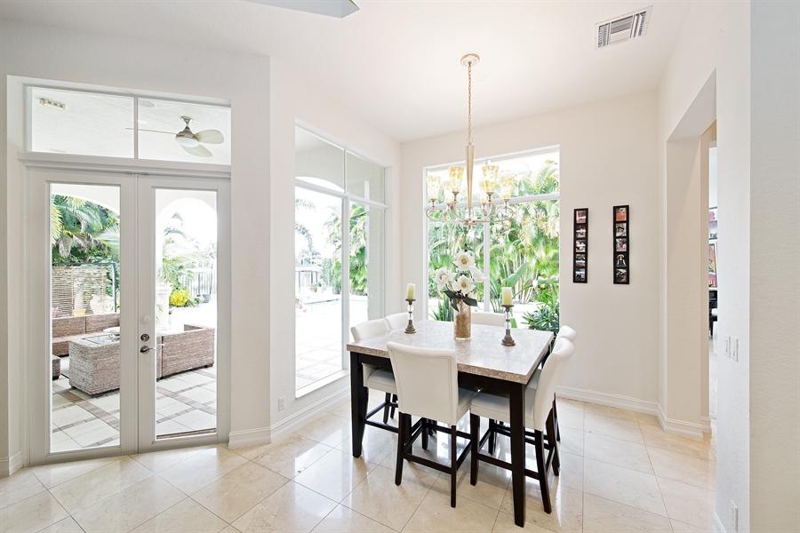 Real Estate Photography - 9556 Bridgebrook Dr, Boca Raton, FL, 33496 - Breakfast Nook