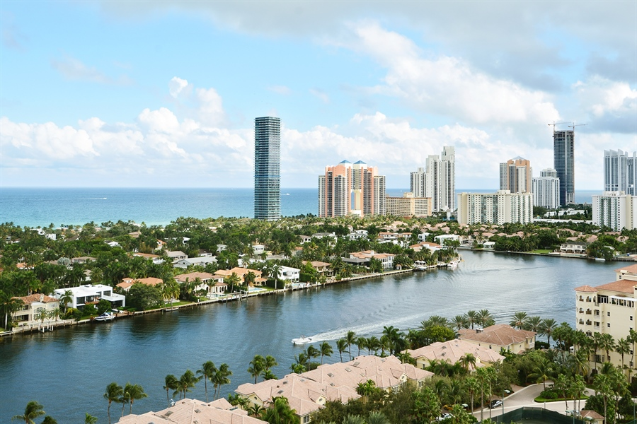 Real Estate Photography - 20155 NE 38th Ct, Apt 2103, Aventura, FL, 33180 - Ocean View