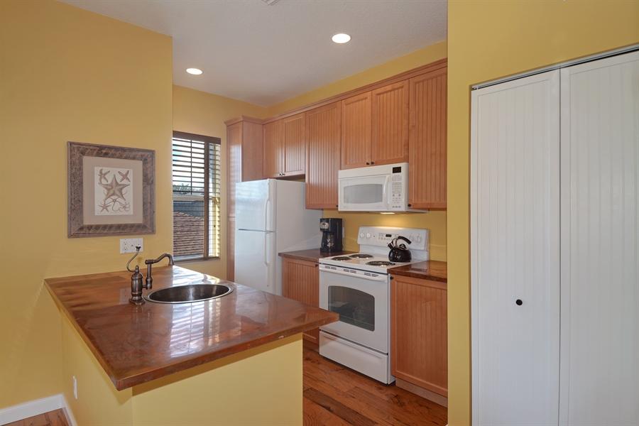 Real Estate Photography - 102 Castries Drive, Jupiter, FL, 33458 - Kitchen