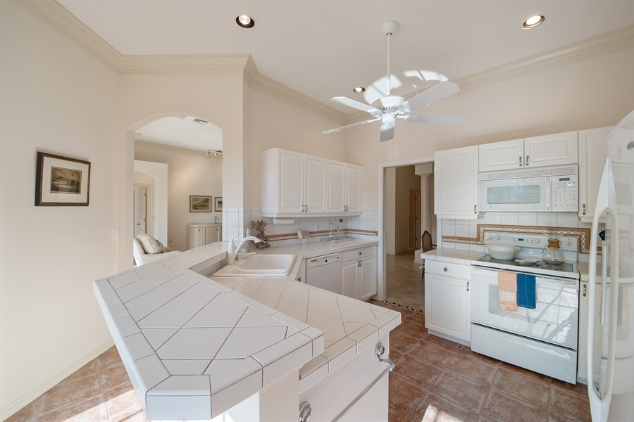 Real Estate Photography - 27197 Shell Ridge Cir, Bonita Springs, FL, 34134 - Kitchen