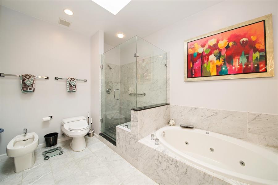 Real Estate Photography - 20808 NE 37th Ave, Aventura, FL, 33180 - Master Bathroom