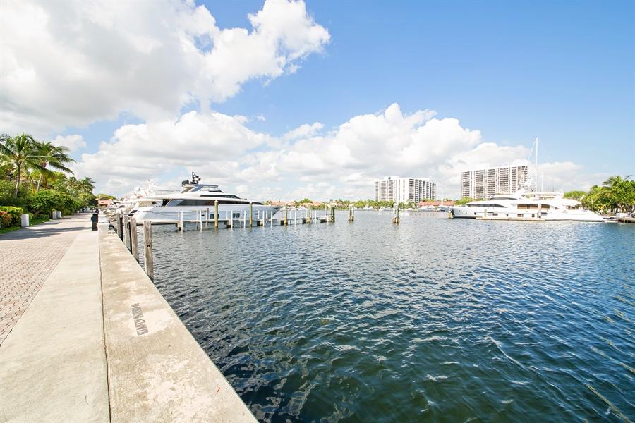 Real Estate Photography - 20808 NE 37th Ave, Aventura, FL, 33180 - Bay View