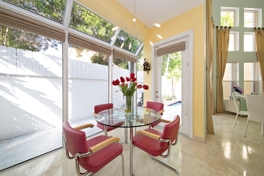 Real Estate Photography - 20808 NE 37th Ave, Aventura, FL, 33180 - Breakfast Nook