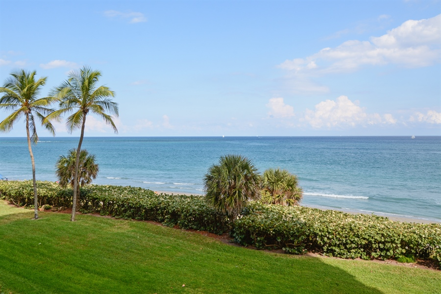 Real Estate Photography - 100 Ocean Trail, Unit 301, Jupiter, FL, 33477 - Ocean View