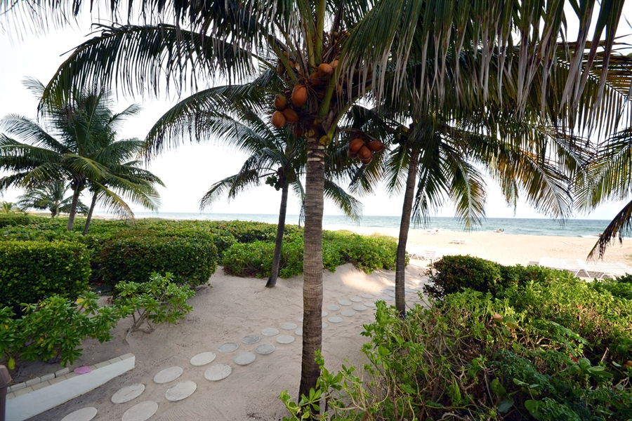 Real Estate Photography - 2800 S Ocean Blvd, Common Areas, Boca Raton, FL, 33432 - Steps to the BEACH (South Tower)