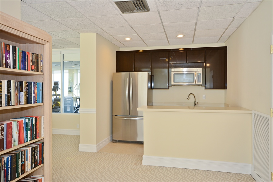Real Estate Photography - 2800 S Ocean Blvd, Common Areas, Boca Raton, FL, 33432 - North Lounge Kitchen