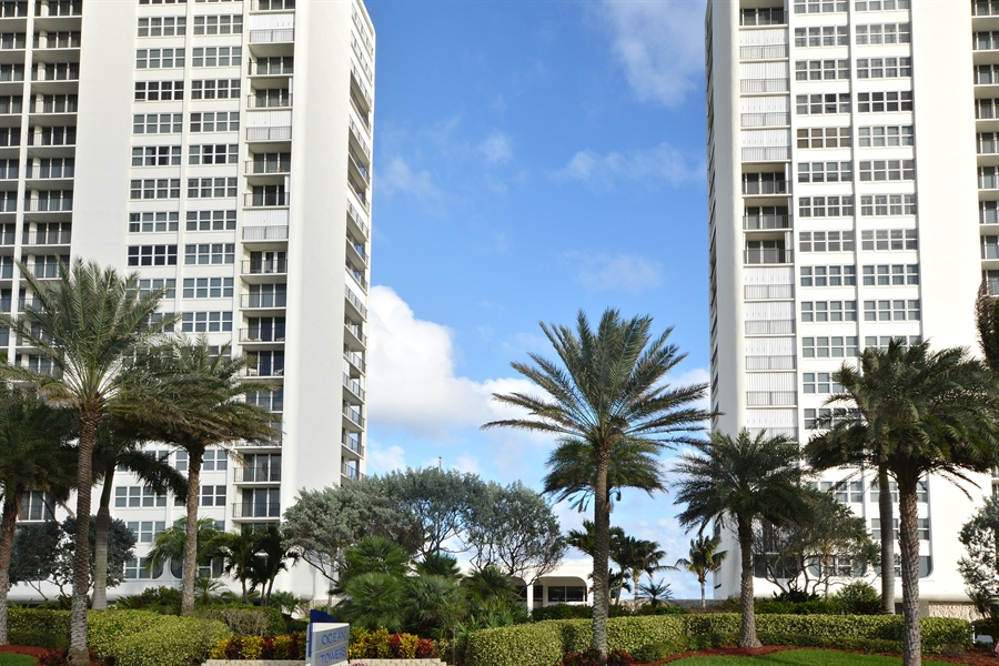Real Estate Photography - 2800 S Ocean Blvd, Common Areas, Boca Raton, FL, 33432 - Ocean Towers