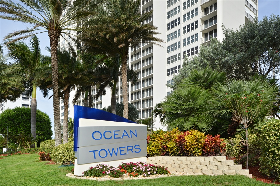 Real Estate Photography - 2800 S Ocean Blvd, Common Areas, Boca Raton, FL, 33432 - Ocean Towers (Sign & North Tower)