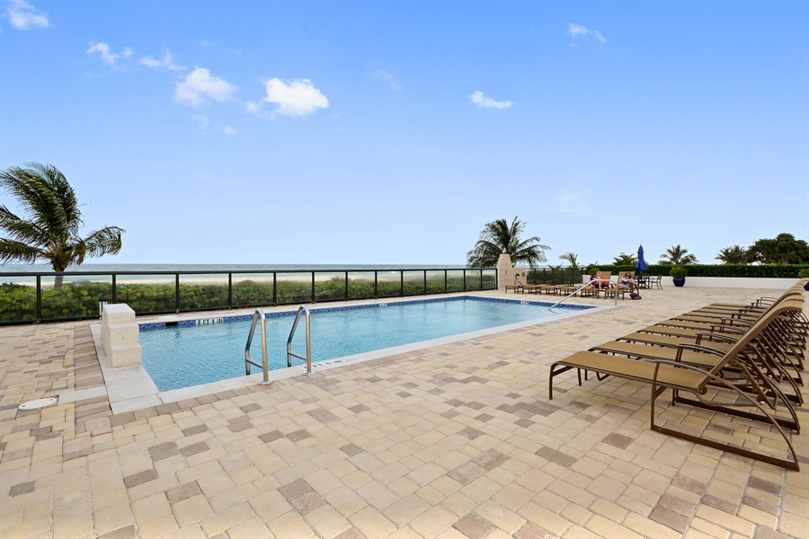 Real Estate Photography - 2800 S Ocean Blvd, Common Areas, Boca Raton, FL, 33432 - South Pool