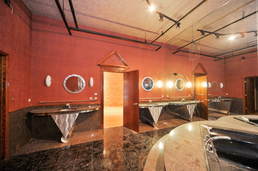 Real Estate Photography - 420 W Grand Ave, Unit 1A, Chicago, IL, 60654 - Master Bathroom