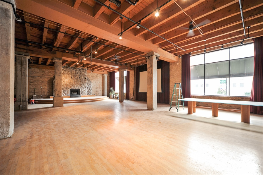 Real Estate Photography - 420 W Grand Ave, Unit 1A, Chicago, IL, 60654 - Living Room / Dining Room
