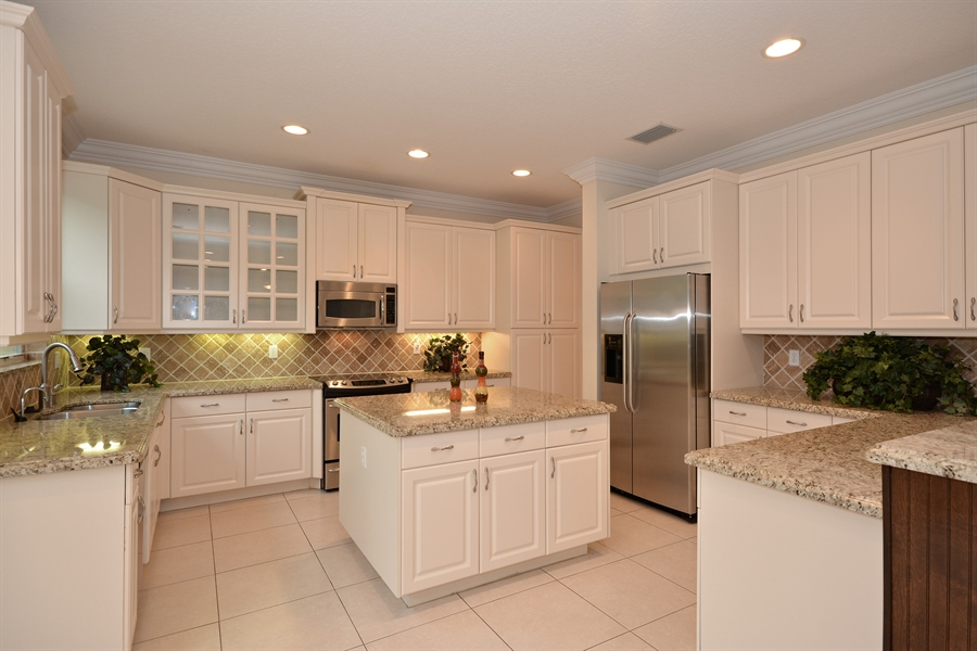 Real Estate Photography - 11186 Millpond Greens Dr, Boynton Beach, FL, 33473 - Kitchen