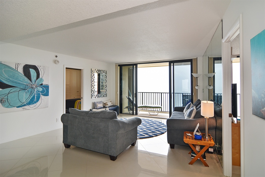 Real Estate Photography - 200 Ocean Trail Way, 902, Jupiter, FL, 33477 - Living Room