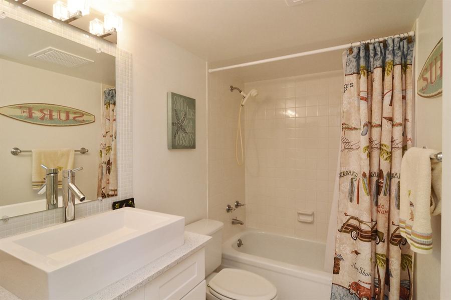 Real Estate Photography - 200 Ocean Trail Way, 902, Jupiter, FL, 33477 - Bathroom