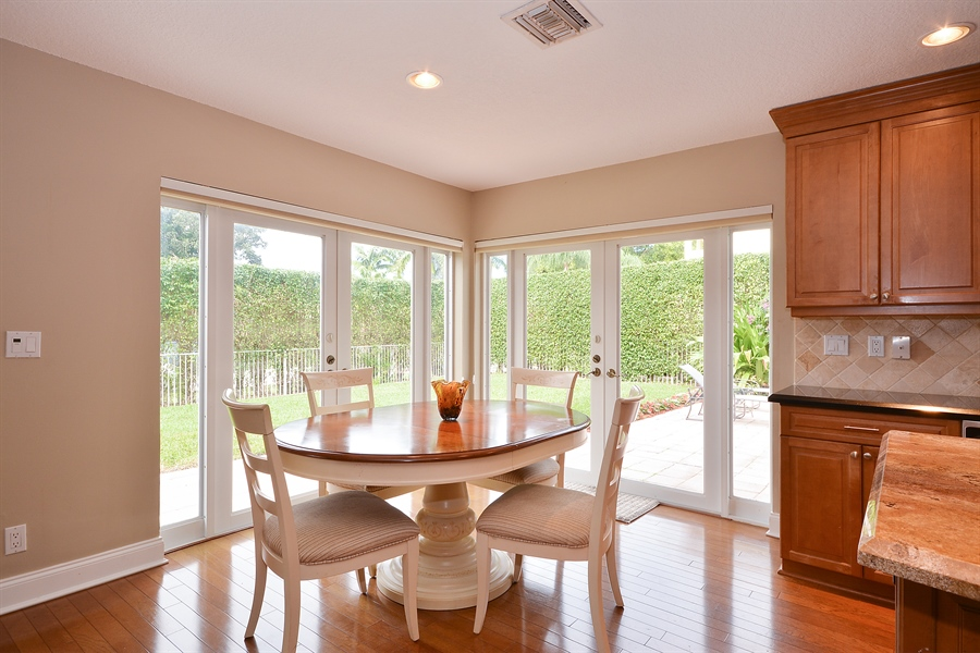 Real Estate Photography - 2799 NW 28th St, Boca Raton, FL, 33434 - Breakfast Nook