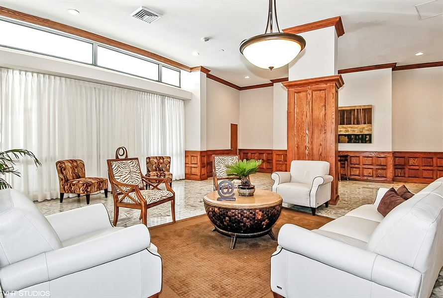 Real Estate Photography - 3505 S Ocean Dr, Unit 714, Hollywood, FL, 33019 - Lobby