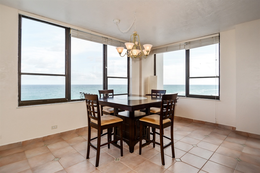 Real Estate Photography - 3505 S Ocean Dr, Unit 714, Hollywood, FL, 33019 - Dining Room