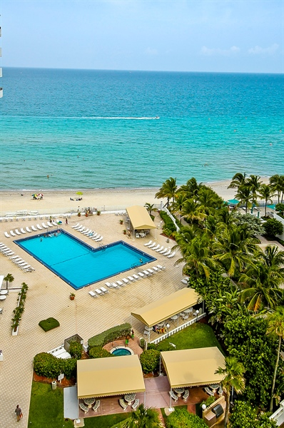 Real Estate Photography - 3505 S Ocean Dr, Unit 714, Hollywood, FL, 33019 - Pool
