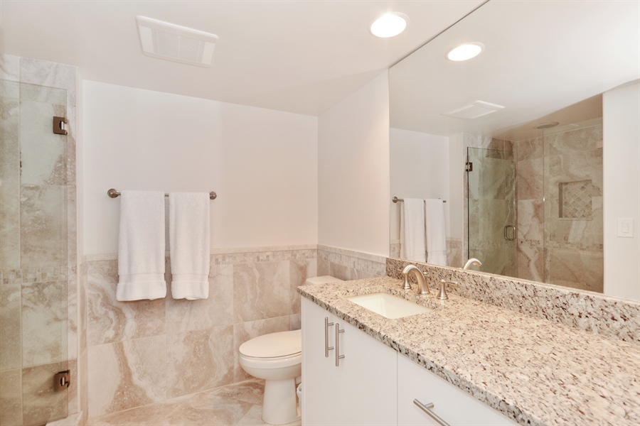 Real Estate Photography - 1 Harbourside, Unit 4307, Delray Beach, FL, 33483 - Bathroom
