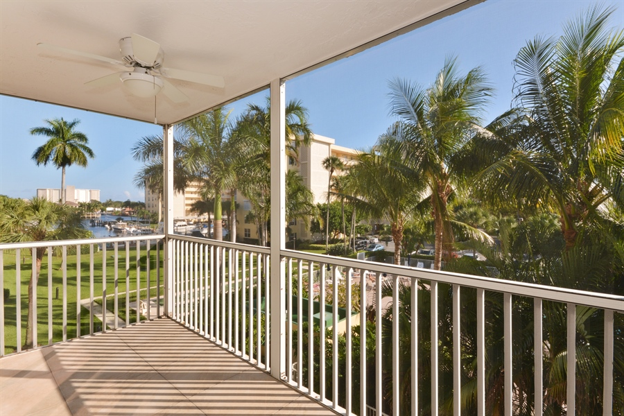Real Estate Photography - 1 Harbourside, Unit 4307, Delray Beach, FL, 33483 - Balcony
