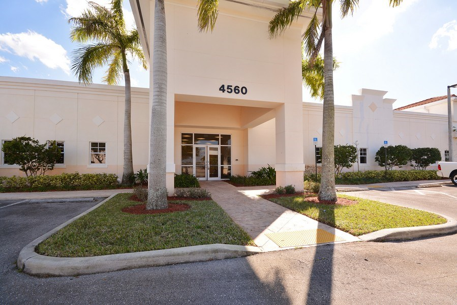 Real Estate Photography - 4560 Lantana Rd, Lake Worth, FL, 33463 -