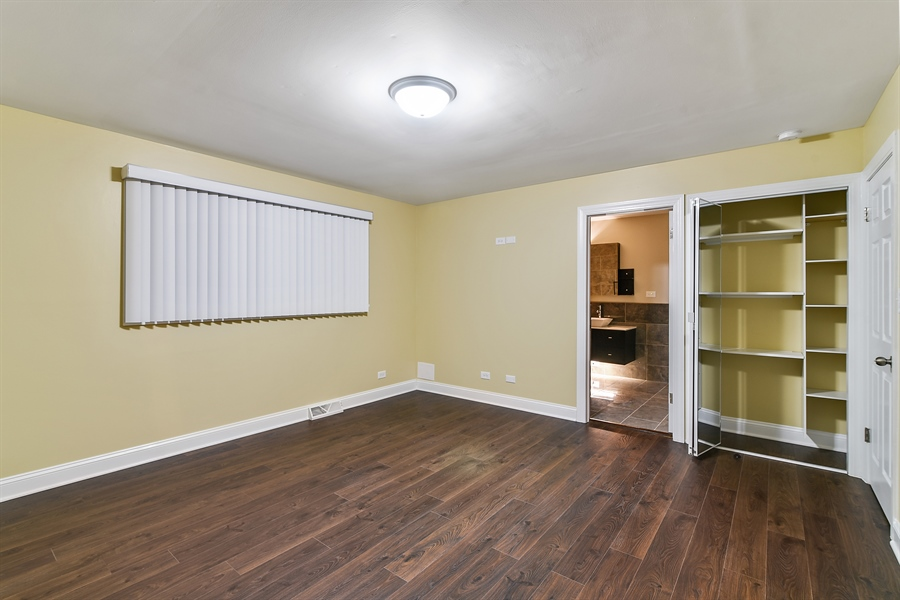Real Estate Photography - 1914 E 170th Pl, South Holland, IL, 60473 - Master Bedroom