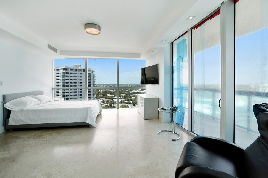 Real Estate Photography - 1200 Holiday Dr, Unit 1103, Fort Lauderdale, FL, 33316 - Bedroom