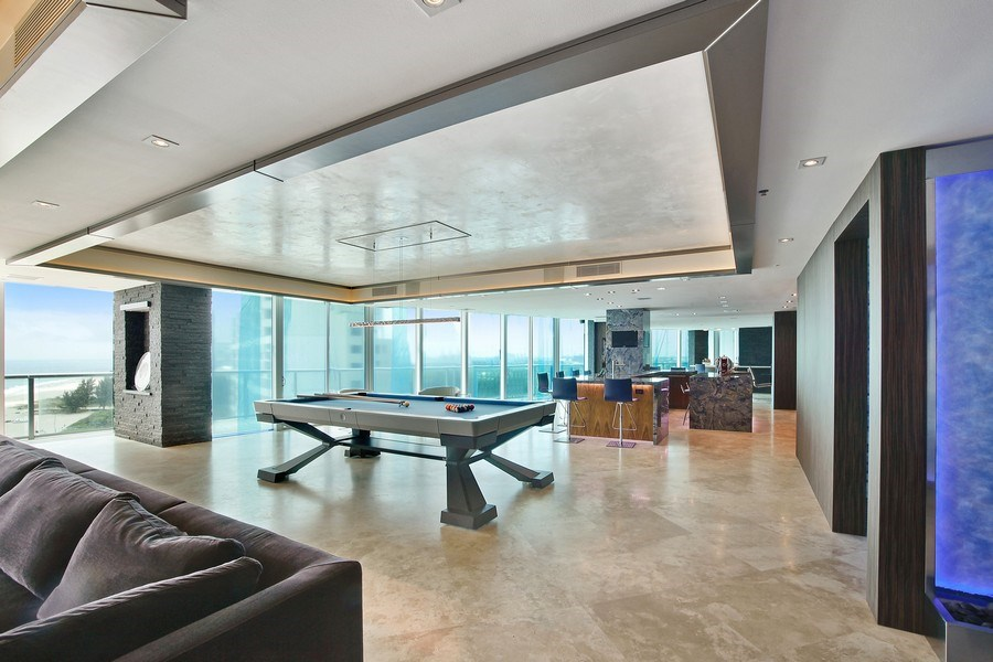 Real Estate Photography - 1200 Holiday Dr, Unit 1103, Fort Lauderdale, FL, 33316 - Kitchen / Living Room