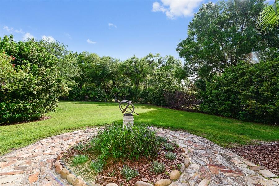 Real Estate Photography - 5124 Rue Vendome, Lutz, FL, 33558 - Back Yard