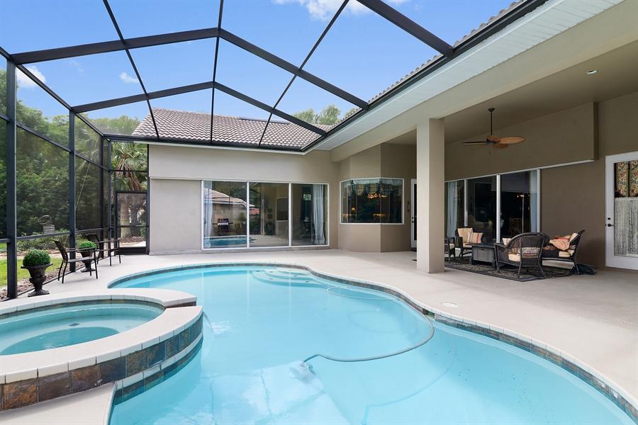 Real Estate Photography - 5124 Rue Vendome, Lutz, FL, 33558 - Pool