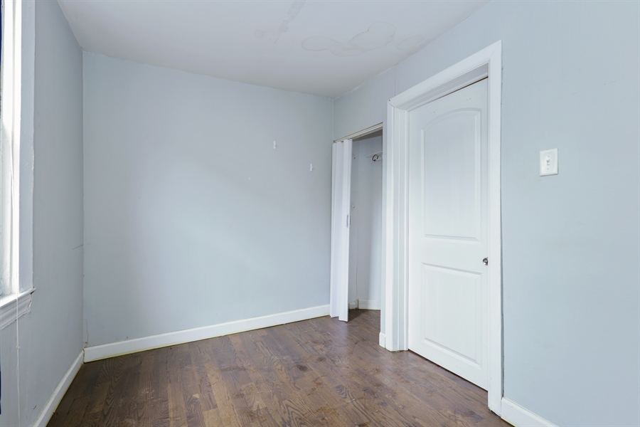 Real Estate Photography - 1861 N Hoyne Ave, Unit 1R, Chicago, IL, 60647 - 2nd Bedroom