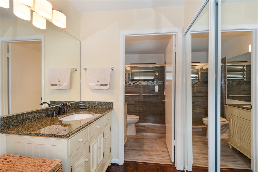 Real Estate Photography - 2462 Bedford Mews Dr, Wellington, FL, 33414 - Master Bathroom
